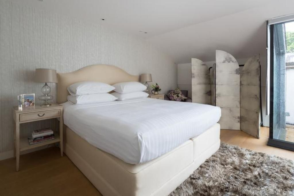 London Home 203, Beautiful 5 Star Holiday Home in a Prime Location in London - Studio Villa, Sleeps 8