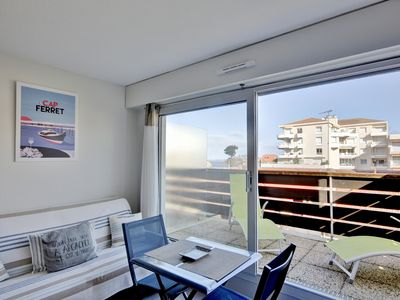 Photo for Studio cabin Arcachon + terrace view pool - 100m beach and near downtown