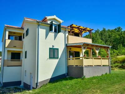Photo for Apartment Carnizza in Ražanac - 8 persons, 3 bedrooms