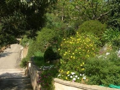 Photo for Apartment ** - 2 rooms in provencal private villa near the sea