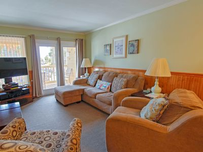 Spacious condo with just a short walk to the beach