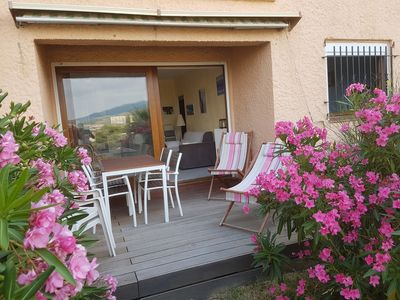 Photo for Apartment 45 m² with terrace, private courtyard, communal swimming pool