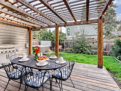 Photo for Perfectly Placed Plum Cottage w/ private hot tub & easy access to downtown Bend!