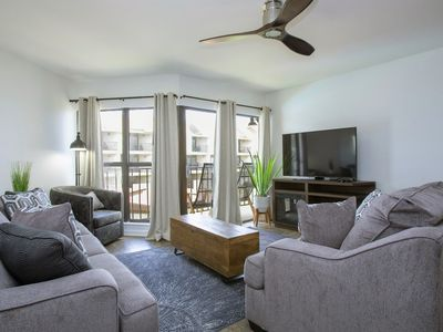 Photo for 2BR Building Vacation Rental in Gulf Shores, Alabama