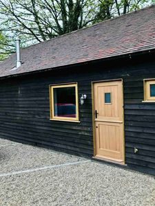 Photo for 2BR Barn Vacation Rental in Hollingbourne, England