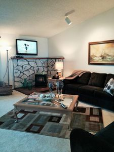 """Photo for """"Sea Breeze"""" Oceanfront Condo in Brookings at Rainbow Rock"""