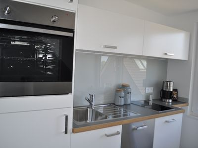 Photo for Cool, high quality apartment on the Elbe, close to the city