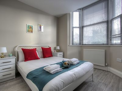 Photo for Apartment 20min to Green Park #B5