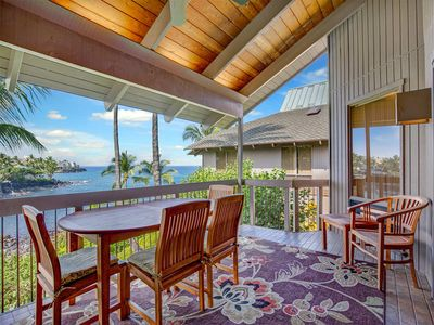 Photo for Luxe Family Fit! Great Ocean View, Gourmet Kitchen, Laundry, Lanai, WiFi, TV Kanaloa 3704