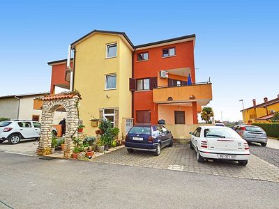Photo for 1BR Apartment Vacation Rental in Novigrad (Istra)