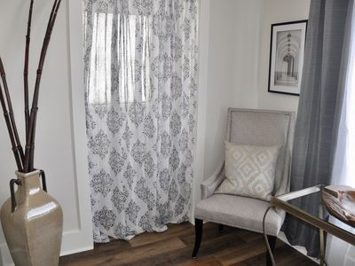 Photo for Downtown Luxurious Studio w/ Kitchen - 30 mins from Mount Rushmore