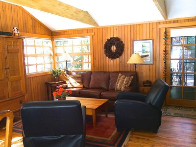 Photo for Ideally Located On The Bend Of The Saint Vrain River. Relax And Enjoy Yourself.