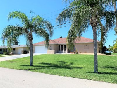Photo for NEW LISTING!!  Remodeled, family-friendly home close to all local attractions!