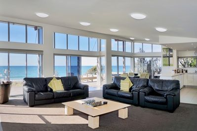 Stunning views of the Pacific from living area