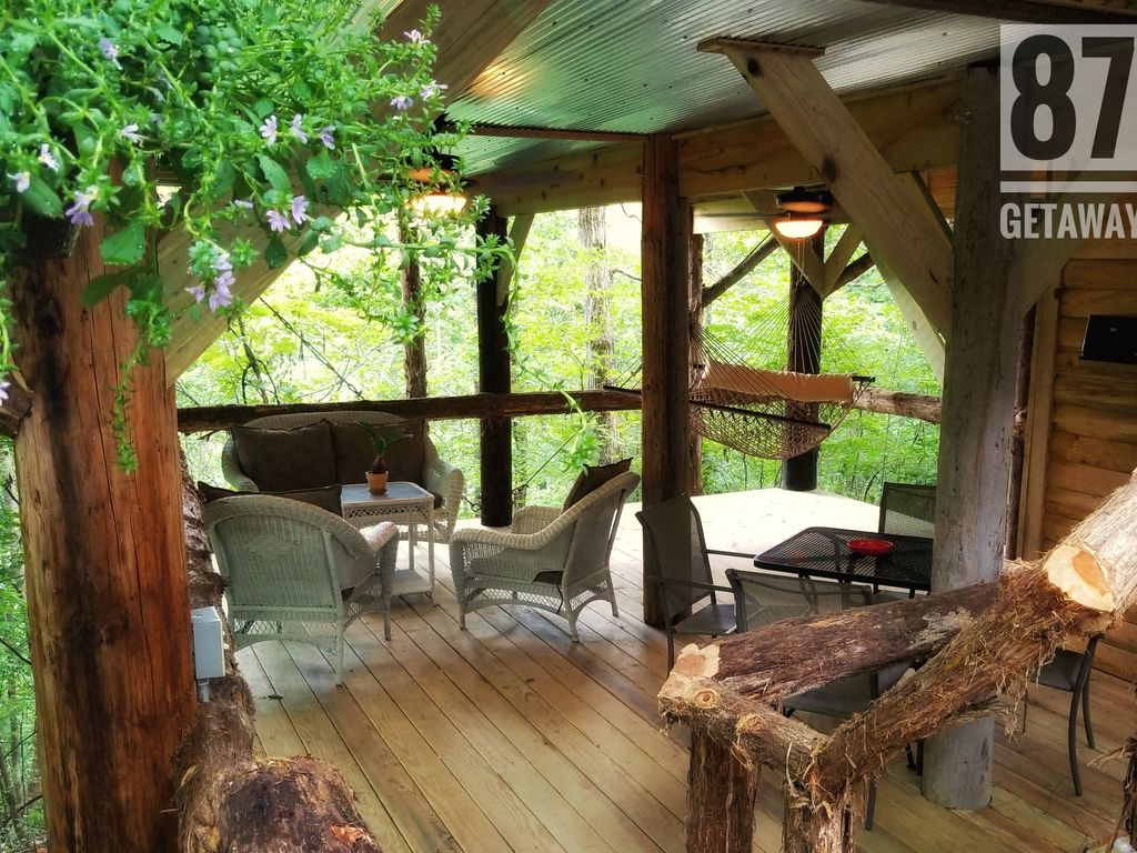 Property Image#15 The 87Getaway Secluded Treehouse Escape