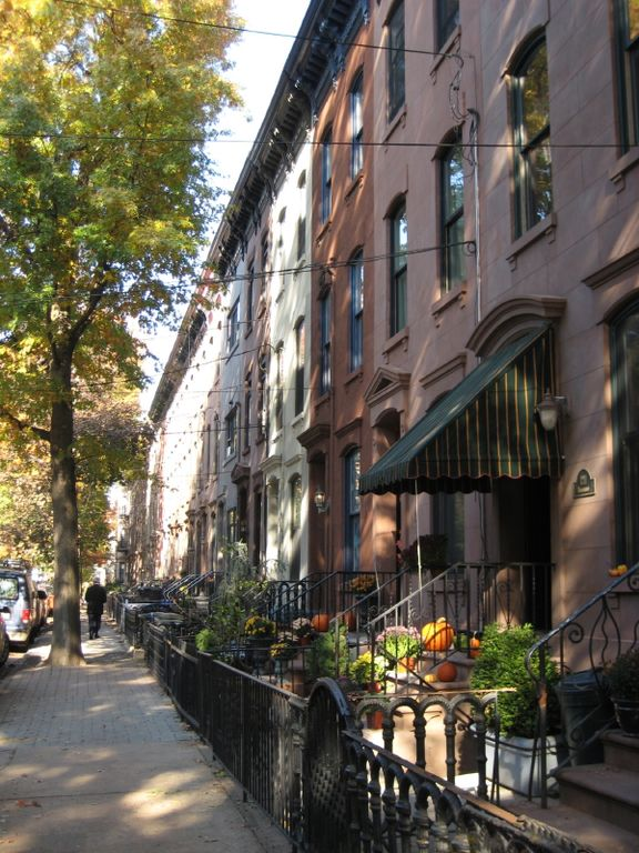 Bloomfield Street Is A Tree Lined Safe And Family Friendly W Brownstones