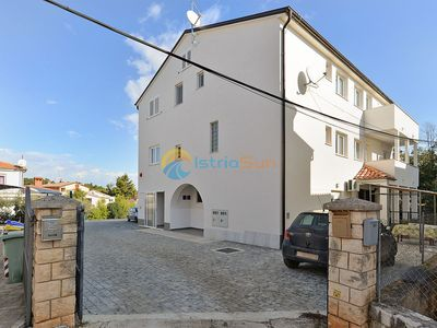 Photo for Apartment 699/1640 (Istria - Rovinj), Family holiday, 500m from the beach