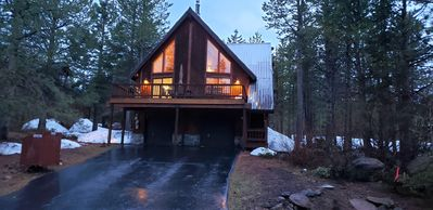 Photo for Luxury 4BD/3BA Backs to Forest - Tahoe Donner