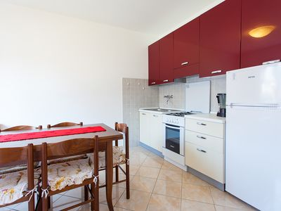 Photo for Apartment Vita 4 + 2 Per., idyllic with pool, free wifi, with lots of privacy, massages