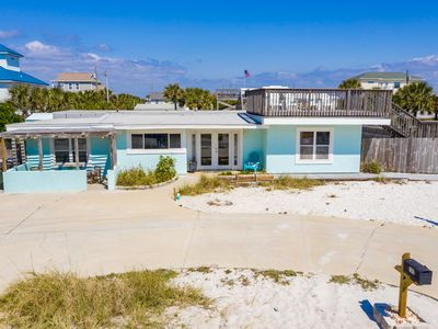 Photo for Great beach cottage at 105 Ariola! Just steps from the Gulf!