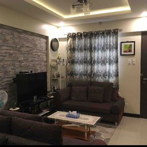Photo for Interior Designed fully furnished 2 BR/Free Parking