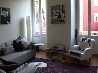 Photo for Quiet Apartment in the Centre of Nice Old Port