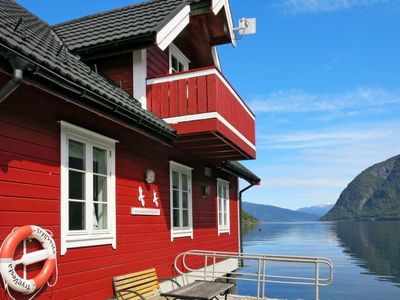 Photo for Apartment Fagerdalsnipi (FJS609) in Arnafjord - 2 persons, 1 bedrooms