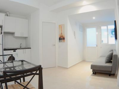 Photo for Two bedroom apartment in Zofío with A/C APBD