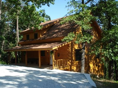 Photo for Branson Missouri Luxury Log Cabin on Quiet Pine Ridge forest above Lake, Jacuuzi