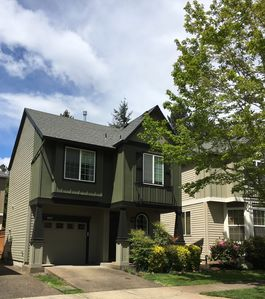 Photo for 3BR Townhome Vacation Rental in Hillsboro, Oregon