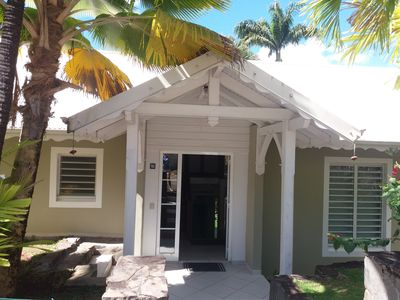 Photo for Cozy and comfortable villa with terrace overlooking tropical garden