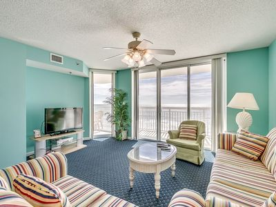 Photo for Crescent Shores 407, 3 Bedroom Beachfront Condo, Hot Tub and Free Wi-Fi!