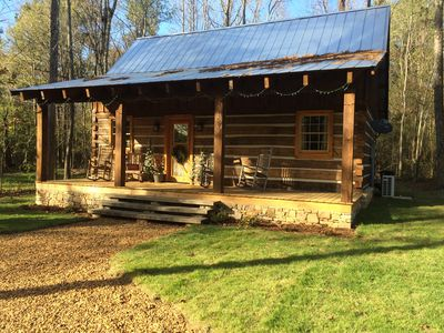 Log Cabin in Corinth, Ms. Close to Shiloh National Park & Pickwick Lake