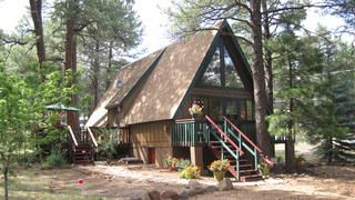 Darling Cabin in the Woods