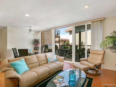 Freshly Remodeled and Upgraded 2 BD Del Mar Shores Terrace Condo!