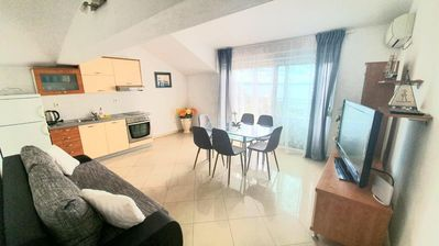 Photo for One bedroom apartment with terrace and sea view Podstrana, Split (A-2769-e)