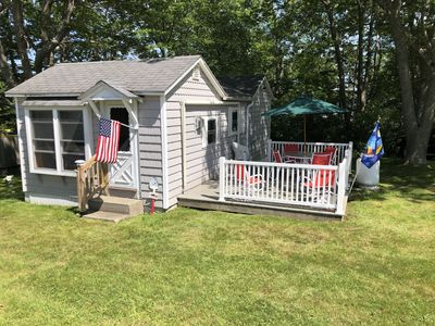 Charming 1 Bedroom Coastal Cottage. Steps Away From Stovers Point Beach