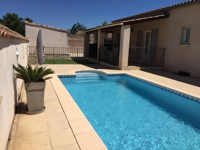 Photo for House swimming pool air conditioning & garden, Avignon
