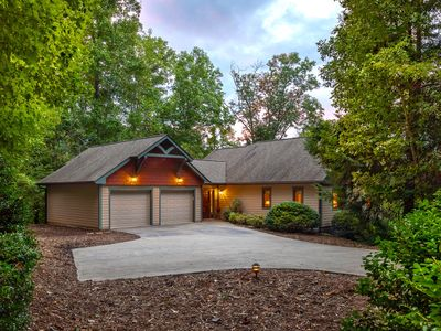 "Photo for Fairview in the Woods - Peaceful ""Green"" Home on Acreage with Creek and Hot Tub"