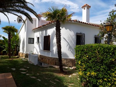 Photo for Chalet Anguila 7, detached house, next to the beach.