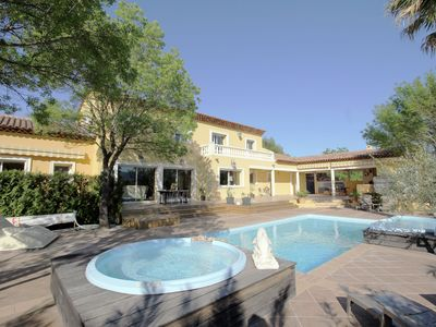 Photo for Luxury villa with private pool and heated Jacuzzi, surrounded by a large garden