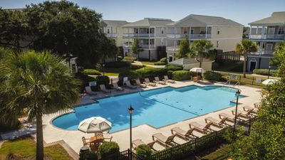 Photo for Relax on tranquil Edisto Beach with Ocean Ridge!