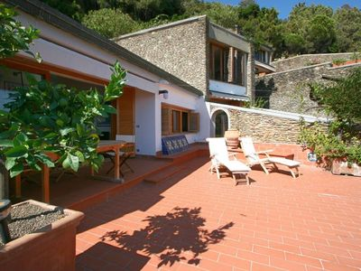 Photo for 2 bedroom Apartment, sleeps 6 with Pool, FREE WiFi and Walk to Beach & Shops