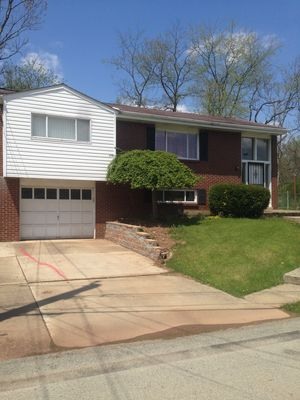 Photo for 3 bedroom 1 bath SECOND FLOOR OF THE PRIVATE HOUSE  PENN HILLS / PLUM / OAKMONT