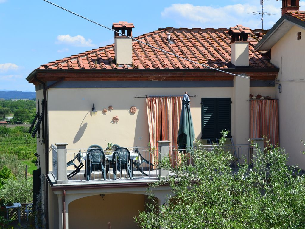 Rustic Tuscan cottage. - 6401193