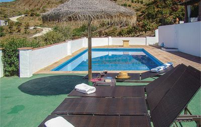 Photo for 5 bedroom accommodation in El Borge