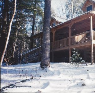 FRONT EXTERIOR LOG HOME W/ FIRE PIT.1 acre in the Sapphire Valley Holly Forest