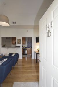 Photo for L@@K! Main floor unit. One block to Broughton Street. Free wi-Fi and cable.