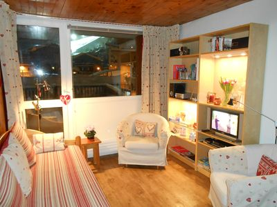 Photo for TOWN CENTRE SPECTACULAR VIEWS, PRIVATE PARKING & ROOF TERRACE, FABULOUS!