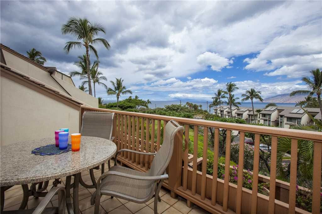 Ocean View Two Bedroom Loft Condo At Maui Kamaole Sleeps